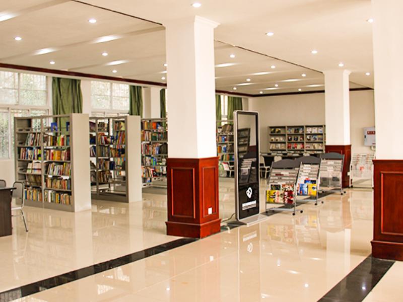 图书馆-阅览室